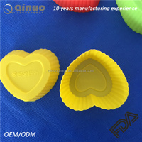 2016 popular heart shaped FDA silicone cake mold muffin cups pudding mould