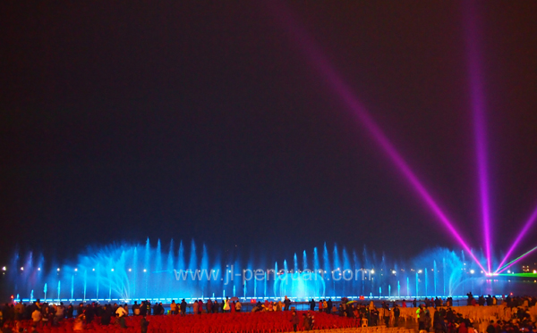 Musical Dancing Laser Fountain with Floating System in Lake