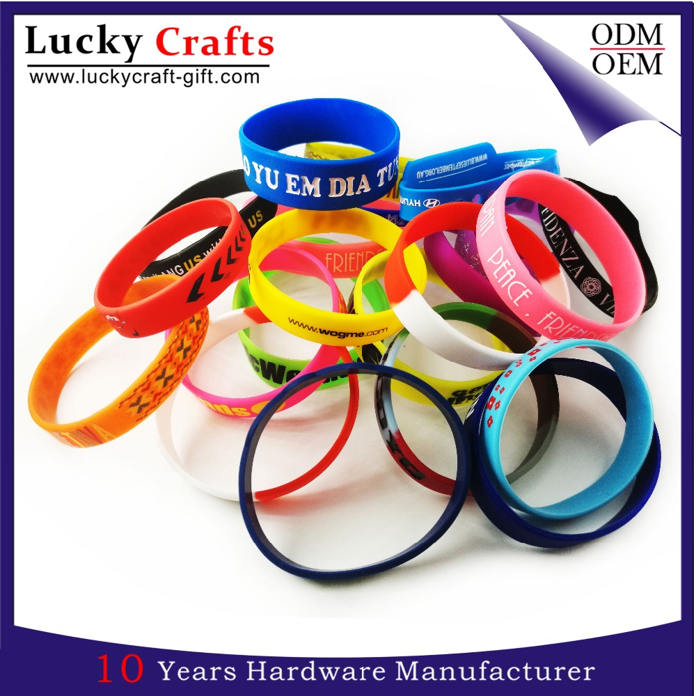 Bulk cheap customize silicone bracelets maker with printing logo