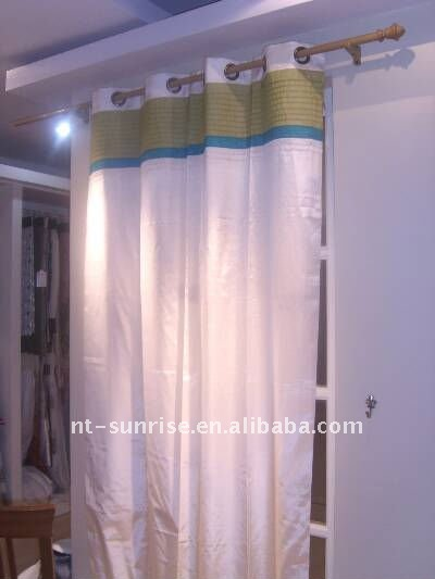 Patching Colorful beautiful leaf designs curtain