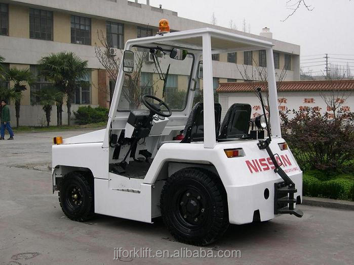 Aircraft Tow Tractor for airport QCD25-KM towing truck manufacture
