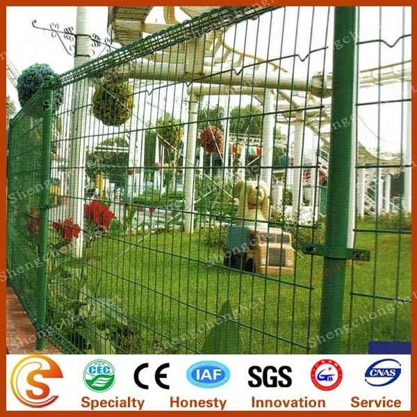 Ornamental double circle fence double loop wire mesh fencing