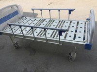 cheapest!!! 2 cranks manual hospital bed/manual lift hospital bed for patient