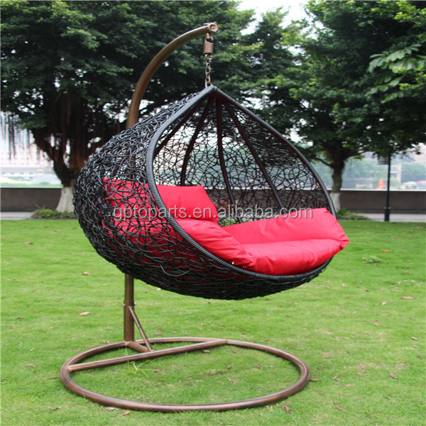 Patio swings indoor outdoor furniture rattan swing chair for Sillones de rattan