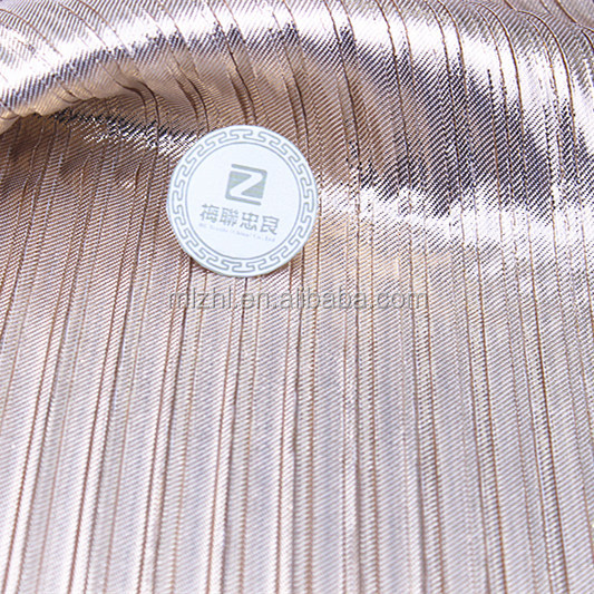 Gold shiny fabric metallic pleated fabric for party dresses in high quality with fashion pleat knit fabric