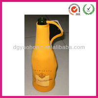 Inexpensive neoprene Cola bottle coolers zipped up(factory)
