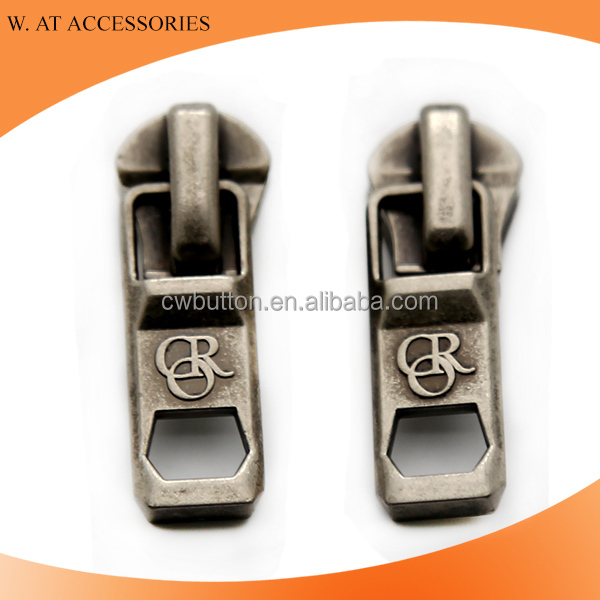 Customized logo metal zipper slider