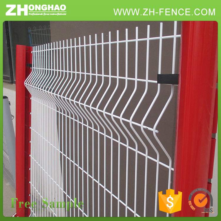 Powder coated welded wire mesh fence panels