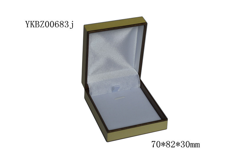 Trending hot product plastic pendant gift packing box,necklace gift box,jewellery packing box