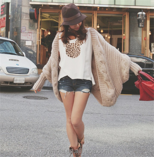 Hot Selling Cheap Women Batwing Sleeve Poncho Knit Sweater Coat