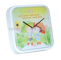 Decorate Plastic Wall Clock Round Cartoon In the Hush