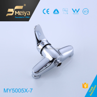 Top Selling and Low Price Zinc Material Bathroom Shower Faucet with Flexible Single Handle