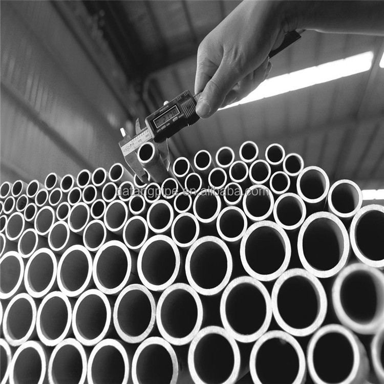 seamless stainless steel pipe / tube Widely used in tableware,cabinet,boiler,auto parts,medical,etc