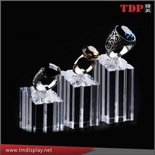 Hot Sale Acrylic Single Ring Holder Display/Jewelery Display Stand