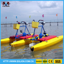 Popular in swimming pool,sea and water park, water motor bikes