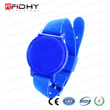 Made In China ISO 18000-6C RFID Silicone Watch Wristband