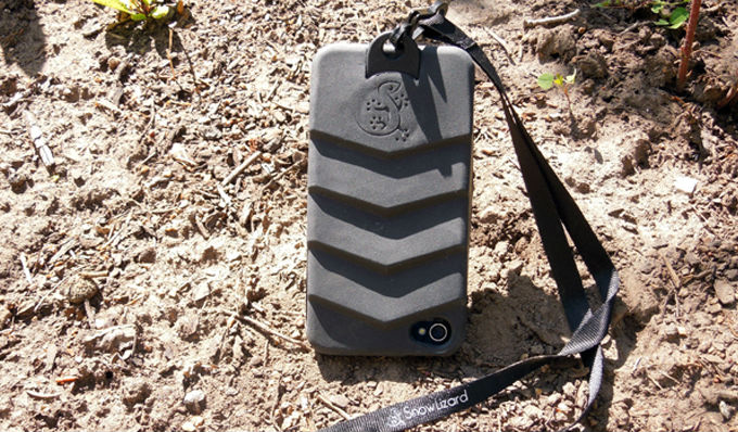 Black Tek Boot Terrain Case for iPhone 4/4s w/ Lanyard