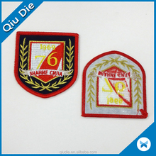 100%Embroidery Hot Sell Garment label Merrow Emblems For Jackets