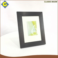 Customized black-rimmed white background wood mini picture photo frame