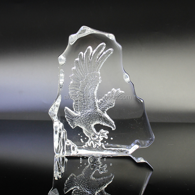 Wholesale clear crystal eagle trophy award /eagle etched crystal plaque from manufacturer