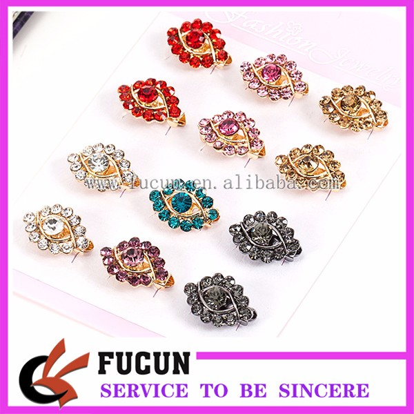 Wholesale Korean Style Eye Shape Crystal Flower Corsage Brooch with Gold Plated