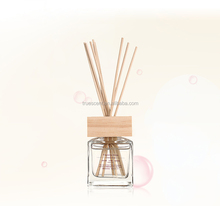 Air freshener 100ml glass bottle Natural color reed rattan stick with wood lid