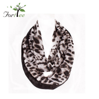 Hot selling fashion neckwear sexy leopard pattern print winter voile lady scarf woman