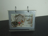 Hot sale! China alibaba factory supply acrylic desk calendar display recycled giveaways for new year