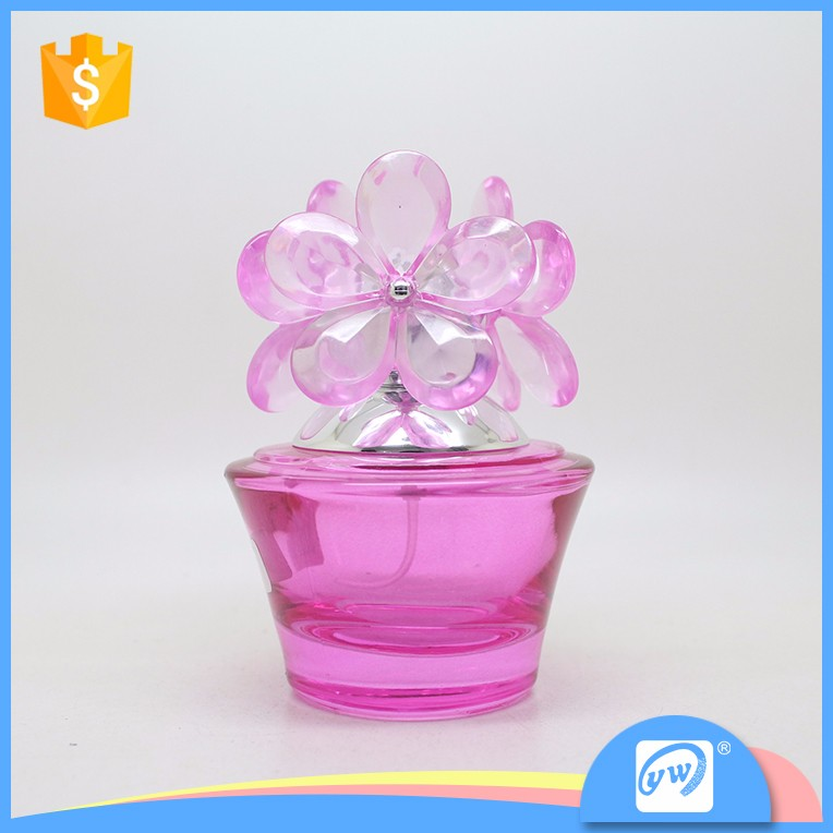 A3252-60ml optional color spray pump car perfume bottle with flower cap