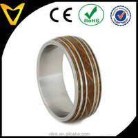 Europe & American Standard Fashion Jewelry Ring Titanium Mens Wedding Ring Bands, Whiskey Barrel Oak Wood With Titanium Straps