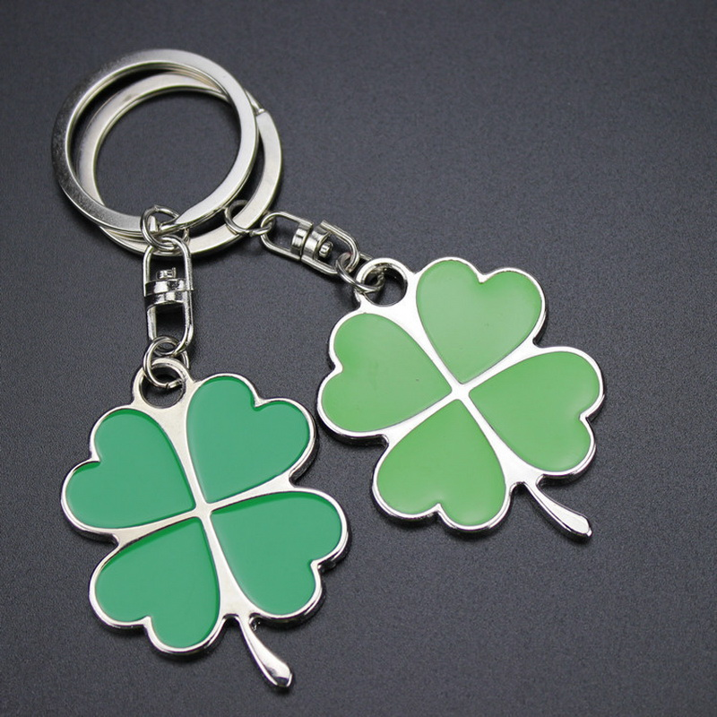 Creative Small Gifts Wholesale Metal Four Leaf Clover Key chain