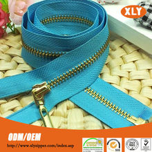Shenzhen China factory direct sale No.3/5/8 open end metal zipper, gold, sliver, nickle color metal zipper for overcoat/outwear