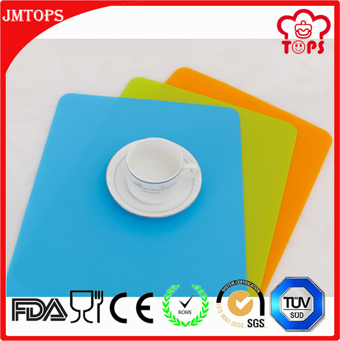 BPA free silicone baby placemat, wholesale silicone heat mat, food grade silicone placemat for kid