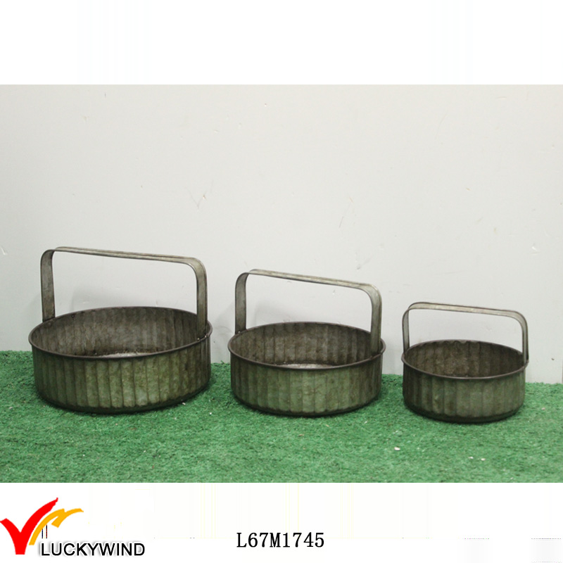 Galvanized Round Metal Serving Tray with Handle