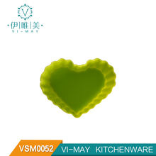 VSM0052 Silicone Mini Reusable Cupcake and Muffin Baking Cup Heart Shape Cake Bread Mold silicone mold bread