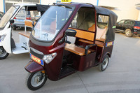 passenger enclosed cabin 3 wheel motorcycle/3 wheel passenger motorcycle/bajaj discover motorcycle