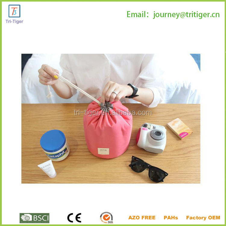 Easy to carry travel cosmetic bag for sale