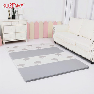 CE and EN71 PU leather baby print folding play mat tumbling print mat