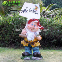 Decoration parts young fashion design small gnome figurines With Good After-sale Service