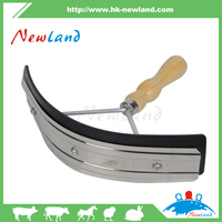 2016 NL1322 wholesale Animal hot products Horse Plastic Sweat Scrapers