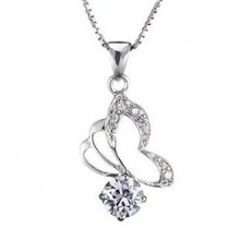 Innovative Design Flying Pave Set Crystal Butterfly Square Flash Diamante Pendant Necklace For Lady