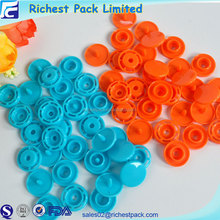 Recycled round shape snap plastic button for bag four part plastic prongs snap button