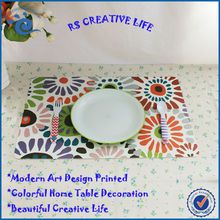 16.9'' *11.2'' *0.05'' Eco-friendly PP Feature Placemat Modern Art Plastic Table Mat
