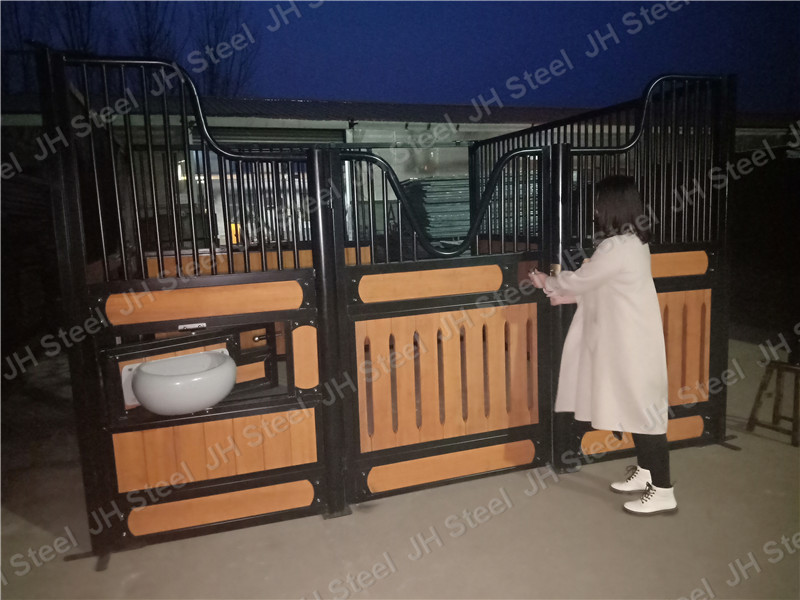 Powder Coated Horse Stables Equine With Good Price