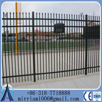 Metal 1.8m(H)x2.4m(W) spear top steel garrison fencing for AU market