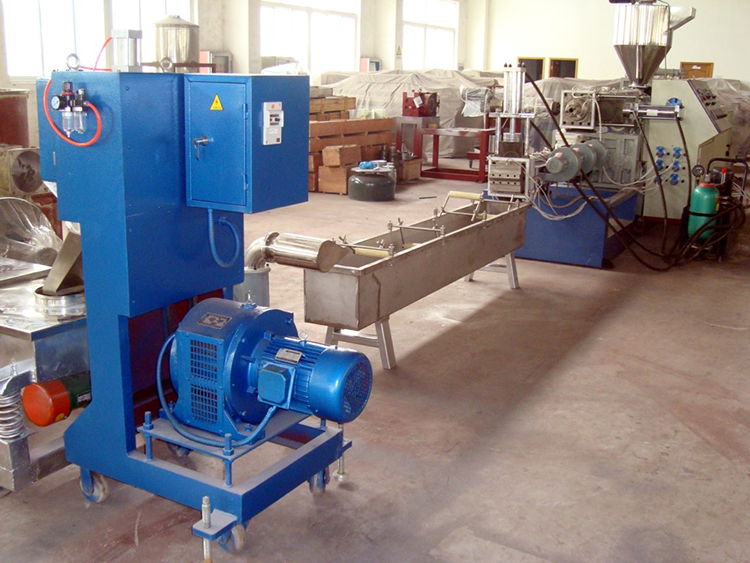 Good quality waste automatic recycling plastic granulating machine