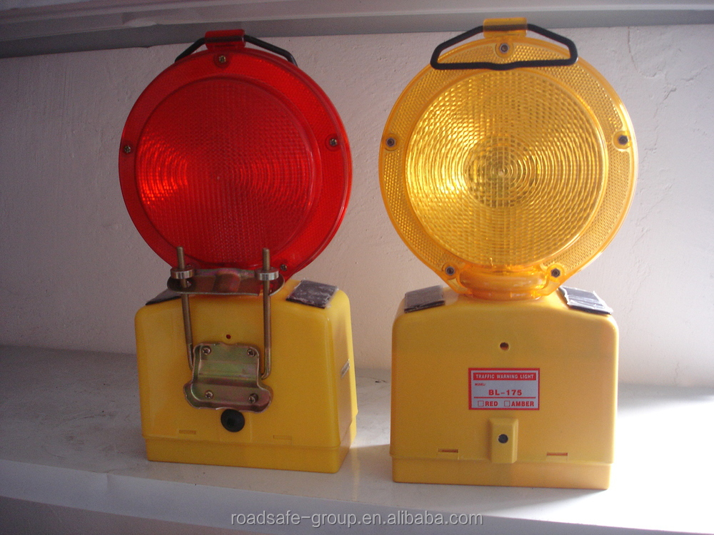 CE Solar Powered Flashing Warning Light