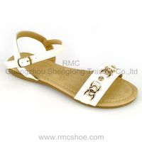 Expedient fashion model sandal 2013