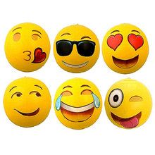 Wholesale pvc plastic medium sized summer funny inflatable emoji beach ball