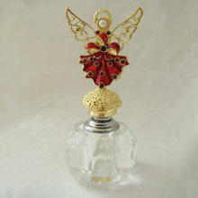 New design high end 5ml glass perfume bottle with gold angel metal cap(P23022d)